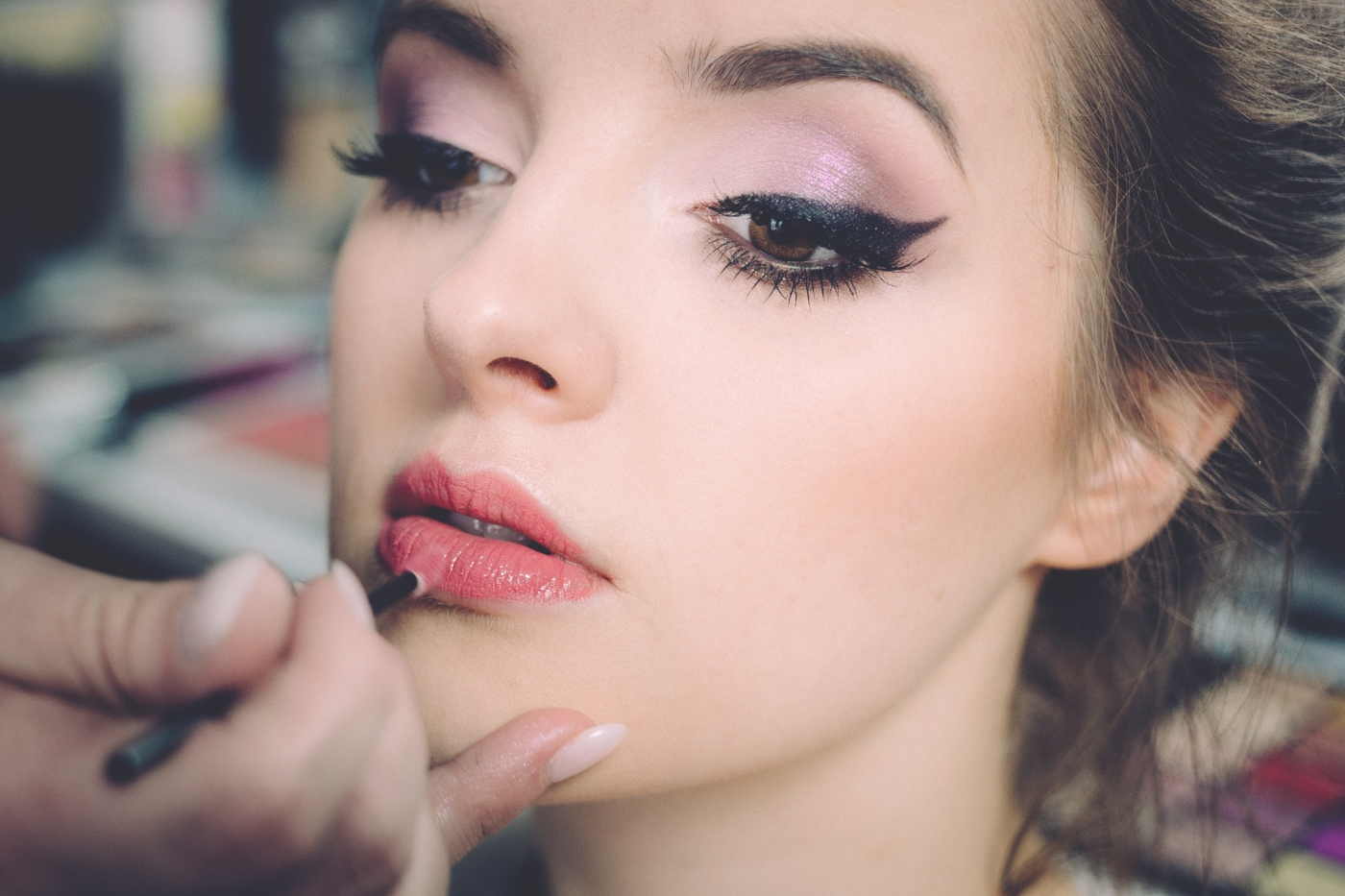 Next-level DIY makeup hacks that will surely make you think- Thank god I read it!
